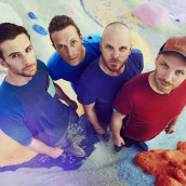 Earone, Coldplay e LP più presenze al primo posto in radio