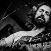 """Omar Pedrini: Da oggi in radio """"Come se non ci fosse un domani"""", il nuovo singolo"""