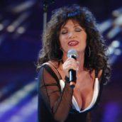 """Marcella Bella: Ascolta """"Non mi basti più"""", il nuovo singolo"""