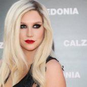 """Kesha: Tornerà in rotazione radiofonica con """"Praying"""", il nuovo singolo"""