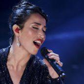 """Nina Zilli: Ascolta il live di """"Domani arriverà (Modern Art)"""", il nuovo singolo"""