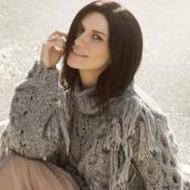 """Laura Pausini: E' uscito """"Frasi a metà"""", il nuovo singolo presente nelle 41 date disponibili"""