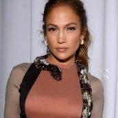 "Jennifer Lopez: E' uscito ""Dinero"", il nuovo singolo feat. DJ Khaled & Cardi B"