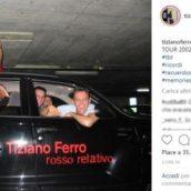 TIZIANO FERRO NOSTALGICO PUBBLICA FOTO DEL PRIMO TOUR