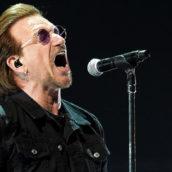 U2 SUONANO IN STRADA PER I SENZATETTO DI DUBLINO