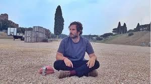Tommaso Paradiso rompe con i Thegiornalisti