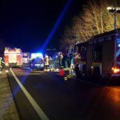 Statale 90bis, tragico scontro tra auto alle porte di Benevento: un morto e tre feriti