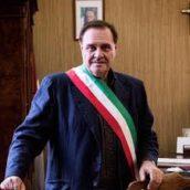 Benevento, il sindaco Clemente Mastella si è dimesso