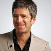 Oasis: Noel Gallagher annuncia un inedito in uscita a mezzanotte