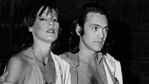 Viola Valentino, lancia un appello all'ex Riccardo Fogli: «Torniamo insieme come Al Bano e Romina»