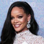 Rihanna è più ricca della Regina Elisabetta, ecco il segreto del suo successo