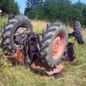 Prata,trattore si ribalta, ferito il guidatore