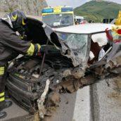 Grave incidente sull'Ofantina: due feriti