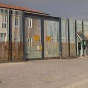 Avellino, è allarme telefoni in carcere: sequestrati altri otto cellulari