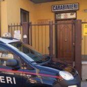 Vende mascherine in piena emergenza Covid ma è una truffa: 60enne denunciato dai Carabinieri