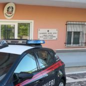 Non si ferma all'Alt dei Carabinieri: denuncia e patente ritirata per un 50enne di Ariano Irpino