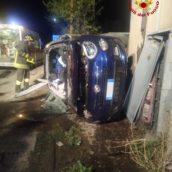 Summonte, auto si ribalta: 29enne ferito