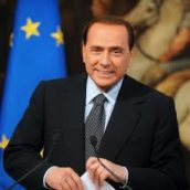 Berlusconi, ancora in isolamento: di nuovo positivo al Covid-19