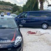 Dramma sulla statale 90 bis: migrante muore schiacciato dal camion sotto il quale si nascondeva