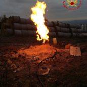 VIDEO/ Scavano un pozzo artesiano e trovano il fuoco: è successo a Lioni