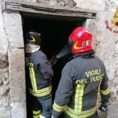 VIDEO/Paura a Mercogliano: incendio in un scantinato