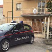 Melito Irpino, aggredisce la moglie e si scaglia contro i Carabinieri: 40enne in arresto
