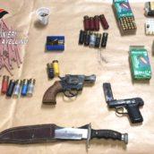 Deteneva armi e munizioni: 60enne arrestato a Conza della Campania