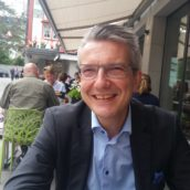 """""""Per i negazionisti niente terapia intensiva"""": la proposta che sta facendo discutere in Svizzera"""