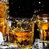 Padre e figlia avrebbero violato la quarantena per andare a bere in un locale