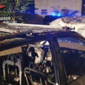 Sant'Angelo all'Esca, auto in fiamme nella notte: accertamenti in corso