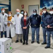 VIDEO/Ariano Irpino, arrivata la prima fornitura dei vaccini anti-Covid presso il Frangipane