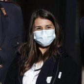 Costretta a chiudere i social per minacce l'infermiera, prima vaccinata d'Italia