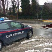 San Martino Valle Caudina, finisce fuori con l'auto e rifiuta il test alcolemico: denunciato