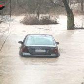 Lioni, anziana automobilista perde l'orientamento e si ritrova nelle acque dell'Ofanto: intervento dei Carabinieri