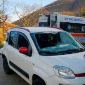 Monteforte Irpino, sbanda e e si ribalta con l'auto: 49enne trasportato al Moscati