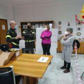 Benevento, consegnato un defibrillatore ai Vigili del Fuoco
