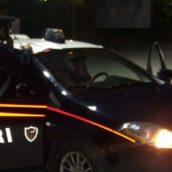 Montella, in giro con due coltelli a serramanico: 30enne denunciato