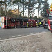 Ariano Irpino, autoarticolato si ribalta: il conducente finisce in ospedale