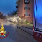 Atripalda, auto in fiamme: nessun ferito
