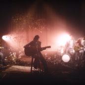 """Achille Lauro: l'omaggio ai Nirvana nel video di """"Marilù"""""""
