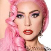 """Lady Gaga: dopo otto anni """"Artpop"""" torna nelle classifiche"""