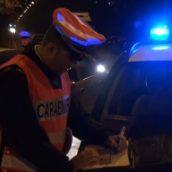 Calabritto, perde il controllo dell'auto e finisce fuori strada: denunciata dai Carabinieri per rifiuto al test alcoolemico