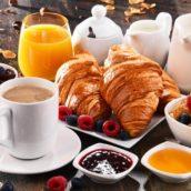 Colazione al mattino: mai dopo le 10