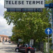 Telese Terme, tentano irruzione all'interno di uno stabilimento termale: due minori denunciati dai Carabinieri