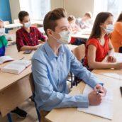 Nodo scuole: al vaglio del Governo la possibilità di introdurre l'obbligo vaccinale per il personale scolastico