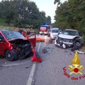 Mirabella Eclano, incidente stradale tra due autovetture: conducenti in ospedale
