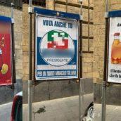 Napoli, sulle pareti di un quartiere spuntano manifesti con bestemmie: esplode la polemica